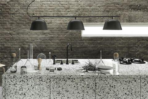 """Küchenbeleuchtung - Küchentresen, beleuchtet durch Muutos """"Ambit Rail"""""""