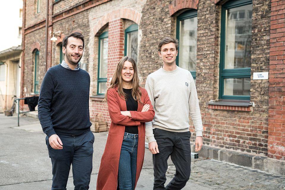 Das Plantura-Gründerteam Felix Lill, Melissa Raupach und Dominik Cadmus