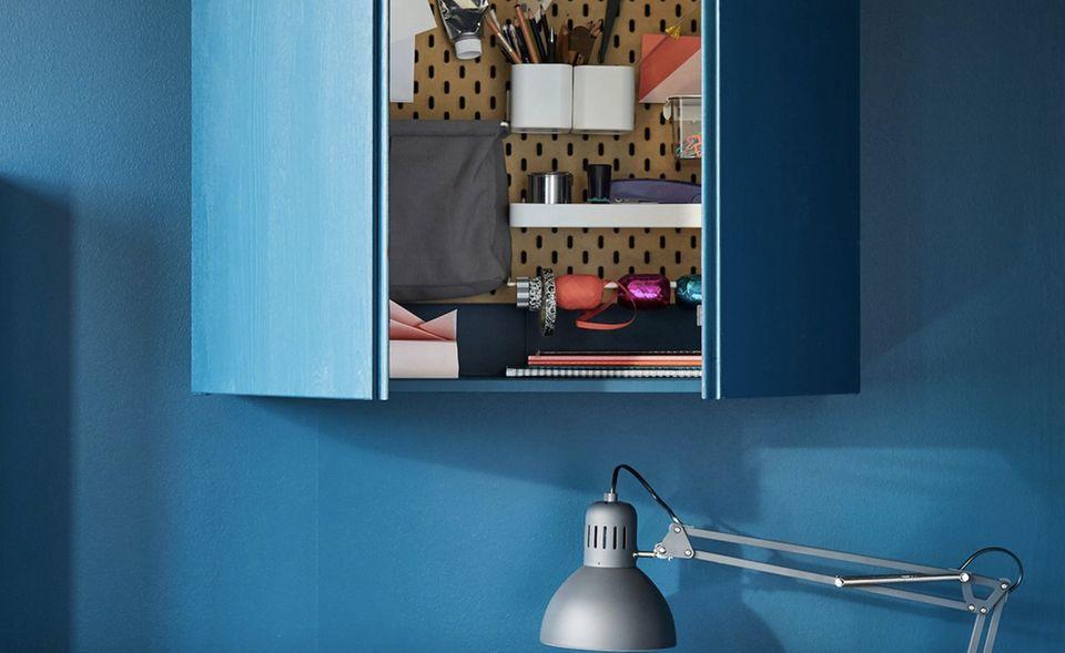 """Ikea Hack - """"Ivar"""" Regals als Wandschrank mit lackierten Fronten"""