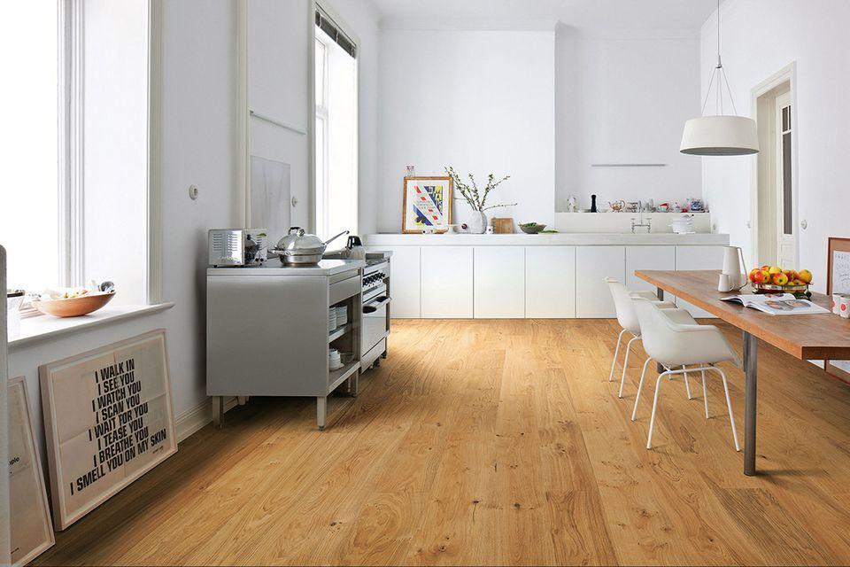 Parkettboden mit einem Naturöl-Finish von Haro für die Küche