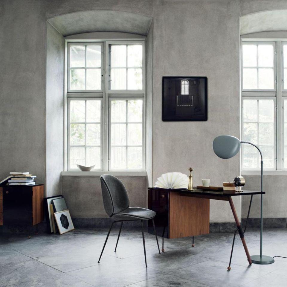 Inspiration: Sanfte Formen, edle Materialien – arbeitet man gern im Homeoffice.