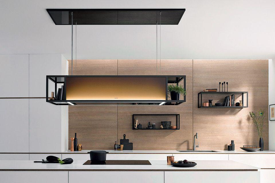 Mit AutoRun, einem Bluetooth-Sender, lässt sich jedes Kochfeld nachrüsten und mit einem Berbel-Abzug verbinden.