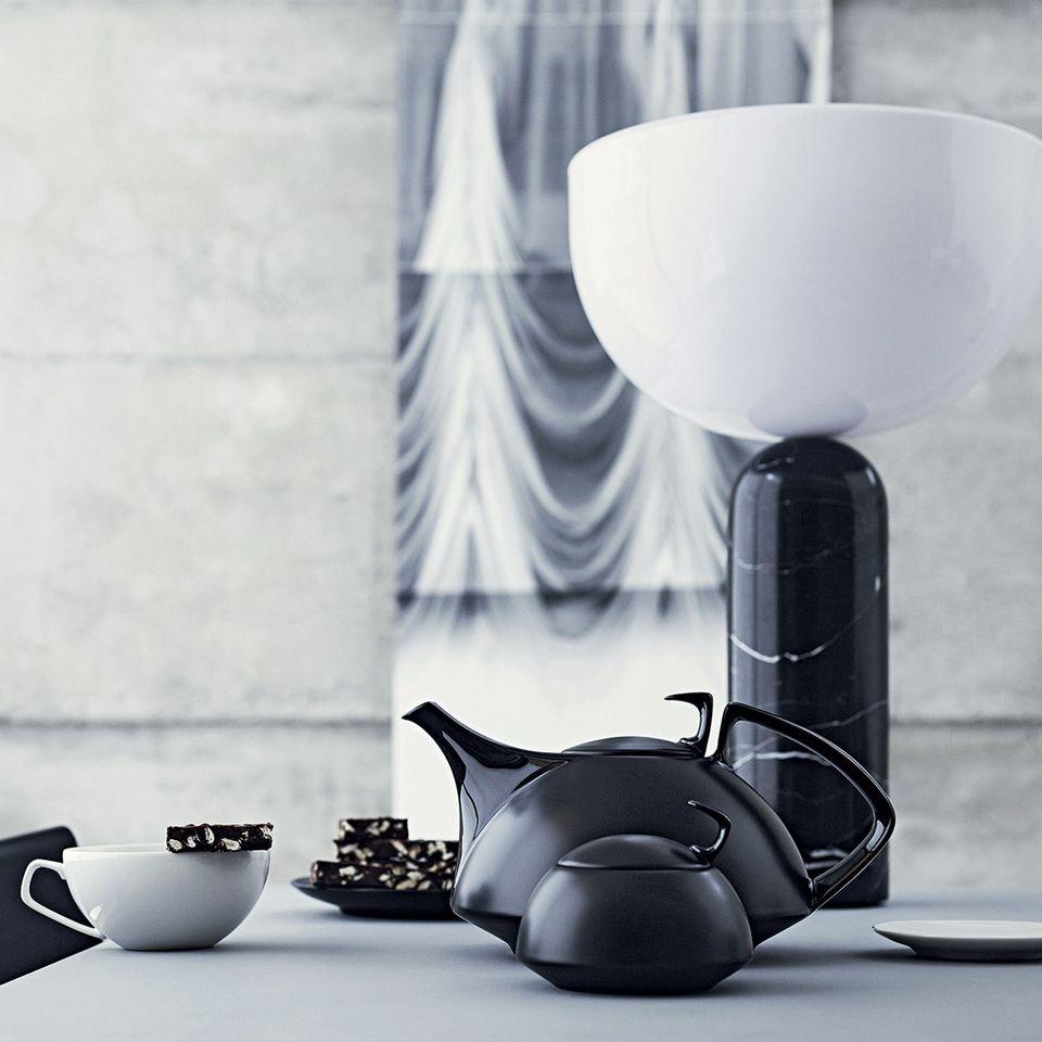 """Teekanne """"TAC 01"""" von Walter Gropius für Rosenthal"""