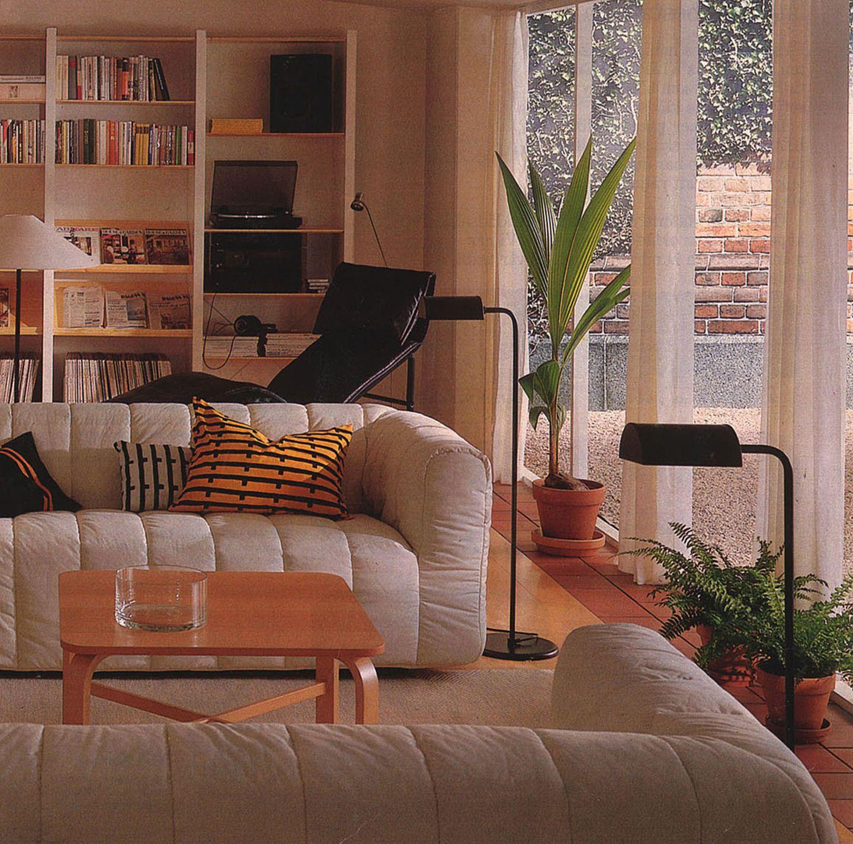 Wohnzimmer mit Ikea-Möbeln im Jahr 1989