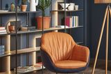 Leseecke mit Sessel Glove aus der SCHÖNER WOHNEN-Kollektion