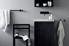 """Badserie """"Norm Collection"""" in Schwarz-Weiß von Norm Architects für Lagom Bath"""