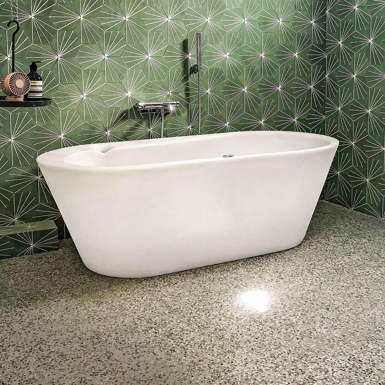 Badezimmer mit fugenlosem, vorgemischtem Terrazzo