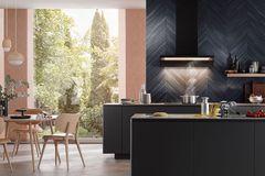 """Küche mit Wandhaube """"Formline"""" von Berbel"""