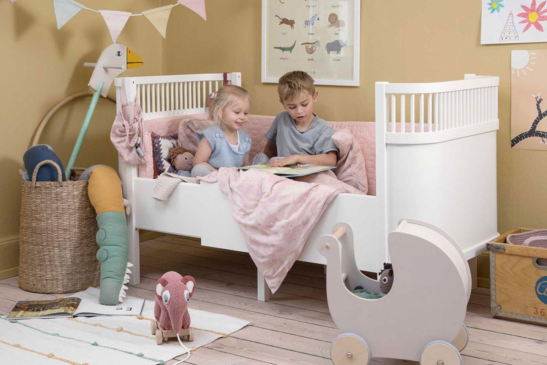 Kinderzimmer mit Bett von Sebra