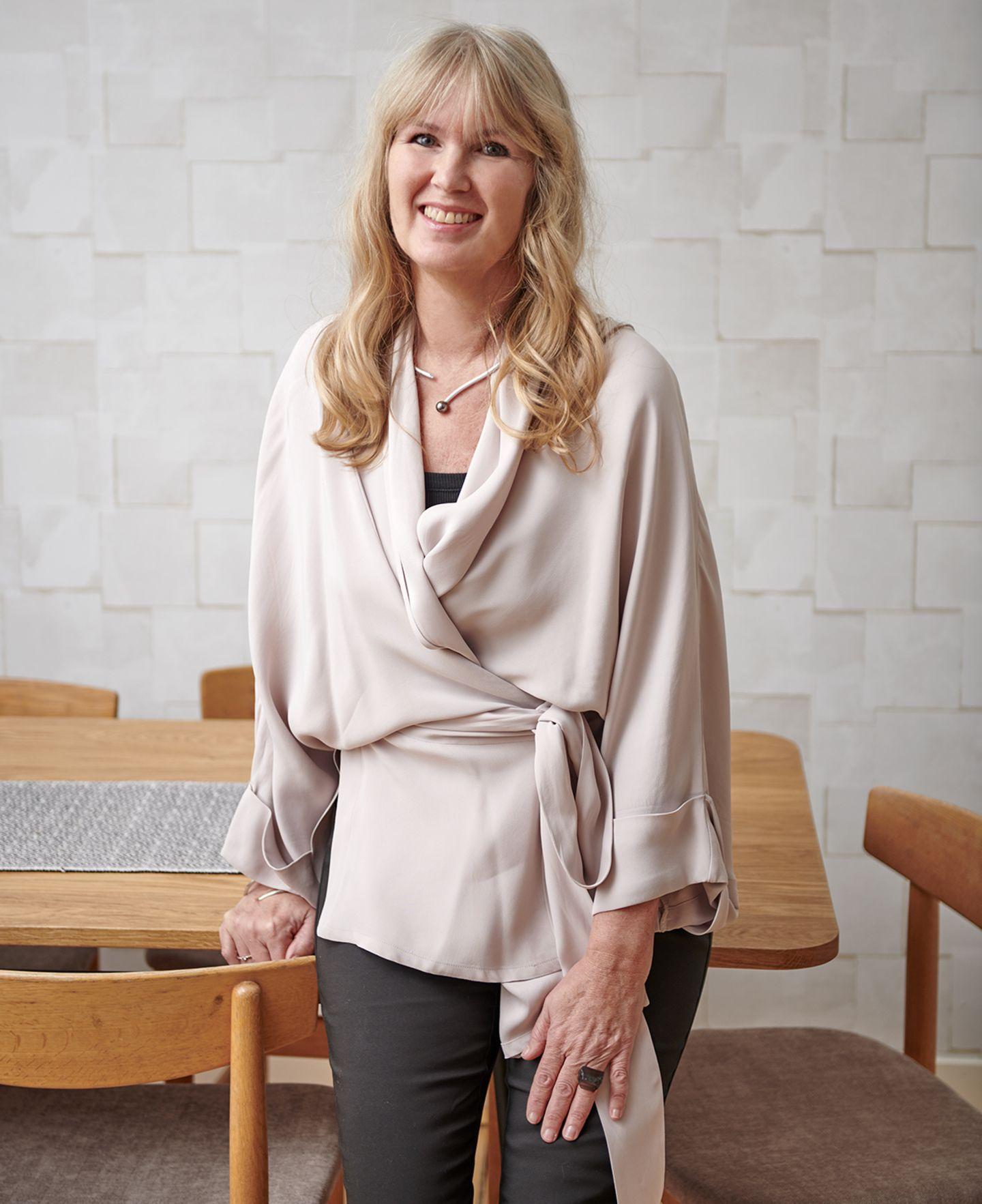 Astrid Wallström in ihrer Stockholmer Wohnung