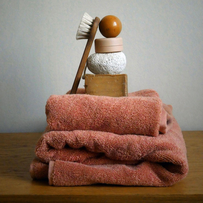 Badezimmer-Textilien aus Bio-Baumwolle von Alva
