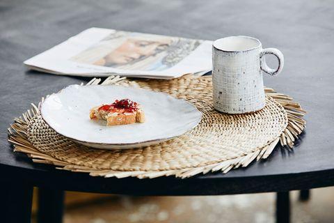 """Handmade-Geschirr: Steingut-Serie """"Soisalo"""" von Nordal"""