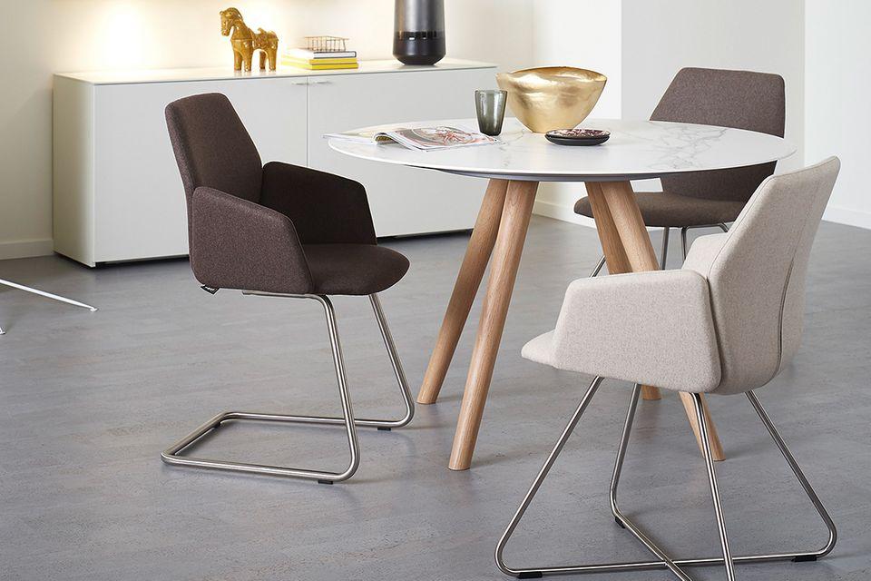 Stuhl-Modelle aus der SCHÖNER WOHNEN-Möbelkollektion