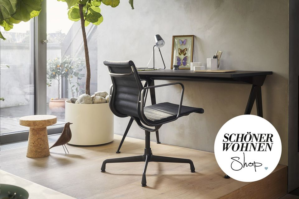 """Home Office mit Vitras """"Alu Chair"""""""