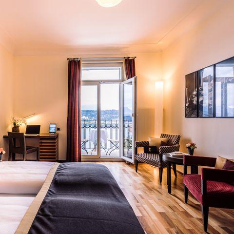 Sponsored by ART Deco Hotel Montana: Eine Übernachtung im Doppelzimmer mit wunderbarem Seeblick für zwei