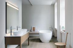 """Spiegel mit integrierter """"Luv"""" von Duravit"""