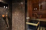 Saune mit angrenzender Dusche